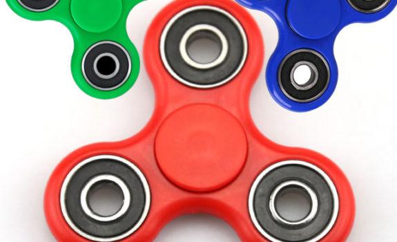 "Fidget spinner ""gadget must have dell'estate 2017"""